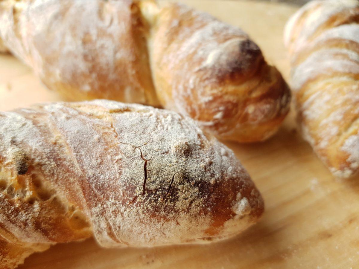 Nachgebacken: No knead Baguettebrötchen